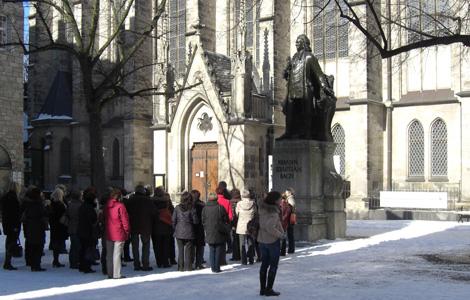 Bachdenkmal an der Thomaskirche 2010