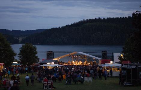 Abendstimmung zum Contryfestival am Ratschersee 2010