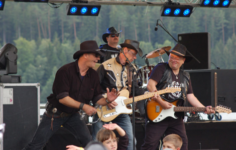 Die Colorado Five beim 23. Open Air Countryfestival Ratscher