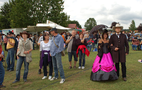 Katrin und Jürgen kommen seit 8 Jahren zum Countryfestival
