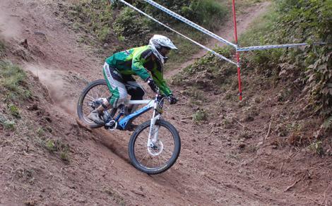 Absolute Abfahrt Ilmenau  iXS European Downhill Cup 2010