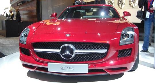 Mercedes SLS AMG auf der AMI 2010